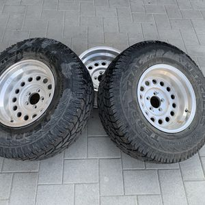 Jeep Cherokee Wheels And Tires for Sale in Glendora, CA