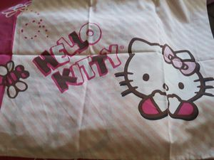 Hello Kitty twin 3-piece sheet set with comforter for Sale in Arcadia, CA