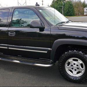 No leaks 2003 Chevrolet Silverado Tilt steering wheel$$$ for Sale in Newark, NJ