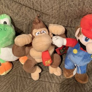 Super mario bros plush set of 3 characters for Sale in Corona, CA