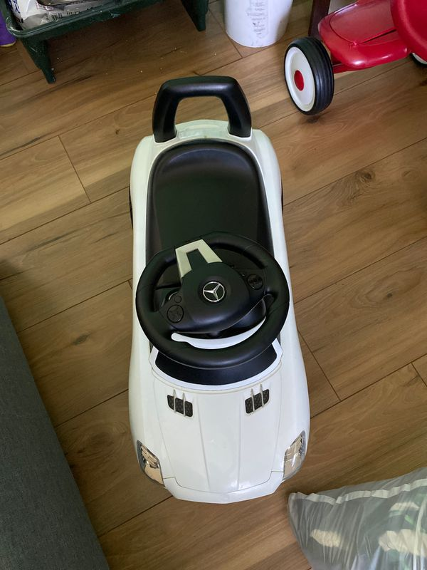 Mercedes benz car for toddler
