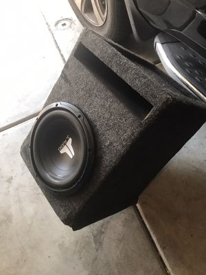 JL audio subwoofer with box enclosure for Sale in Fullerton, CA
