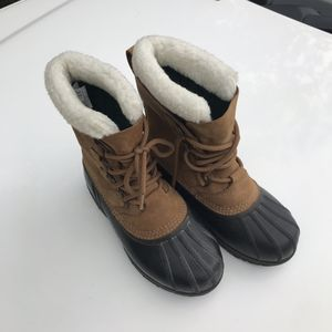 Sorel Caribou Waterproof Boots Women's Size 6 - Worn Once! for Sale in Cypress, CA