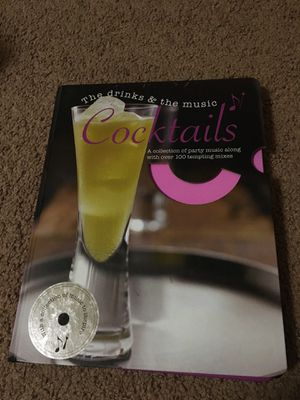 100 cocktails picture & recipe book for Sale in Pittsburgh, PA