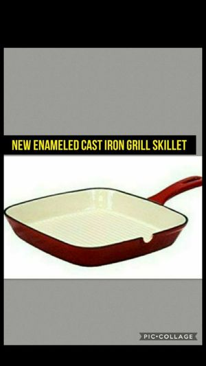 Red white Enameled Cast Iron Pan Grill Skillet Square Party Thanksgiving Christmas Holiday Party for Sale in Kansas City, MO