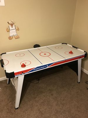 Air hockey table for Sale in Belleville, IL
