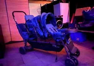 STROLLER BIG CABOOSE TRIPLE for Sale in Costa Mesa, CA