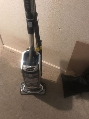 Shark XL rotator vacuum for Sale in Ceres, CA