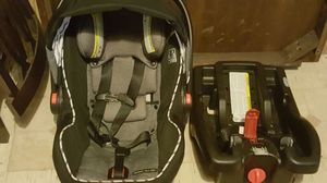 Graco car seat and base. for Sale in Houston, TX