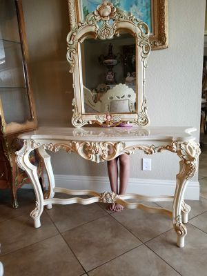 Beautiful console table or enter table w marble top. for Sale in Tampa, FL