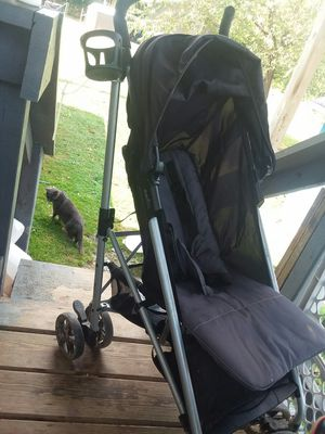 Baby stroller for Sale in Belington, WV