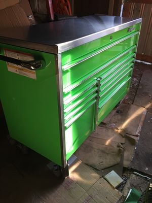 "54"" snap on tool box for Sale in Tracy, CA"