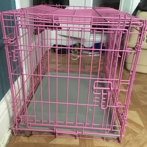 Pink Dog Crate for dog up to 25 Pounds for Sale in Miami, FL