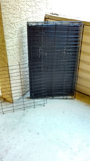 36 in double door folding large dog crate with divider for Sale in Columbus, OH
