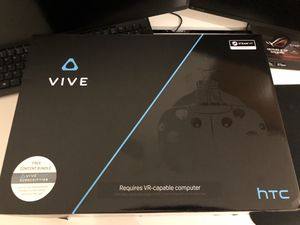 HTC VIVE VR HEADSET for Sale in Margate, FL