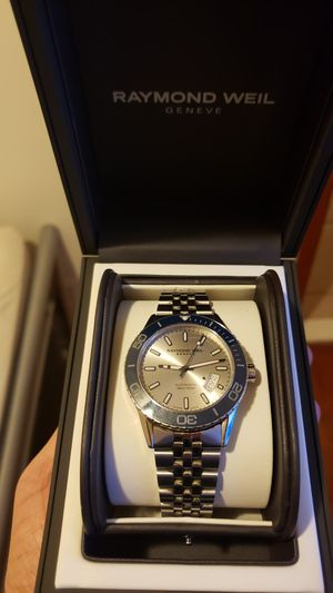 Raymond Weil freelancer Blue bezel silver dial 42 mm for Sale in Queens, NY