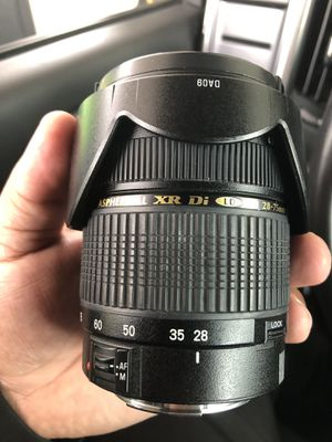 (For Canon) Tamron 28-75mm f2.8 lens for Sale in Frisco, TX