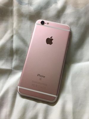 6 s plus 32 g unlocked to any carrier for Sale in Gastonia, NC