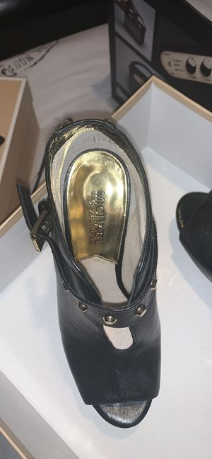 Michael Kors leather booties for Sale in Grand Prairie, TX