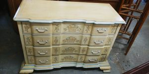 Drexel Dresser for Sale in Oakland Park, FL