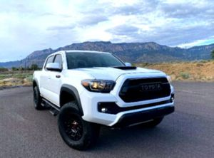 Front Power Lumbar Support2017 Toyota Tacoma for Sale in Salina, KS
