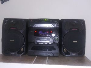Panasonic 5-disc CD Stereo System for Sale in Brandon, FL