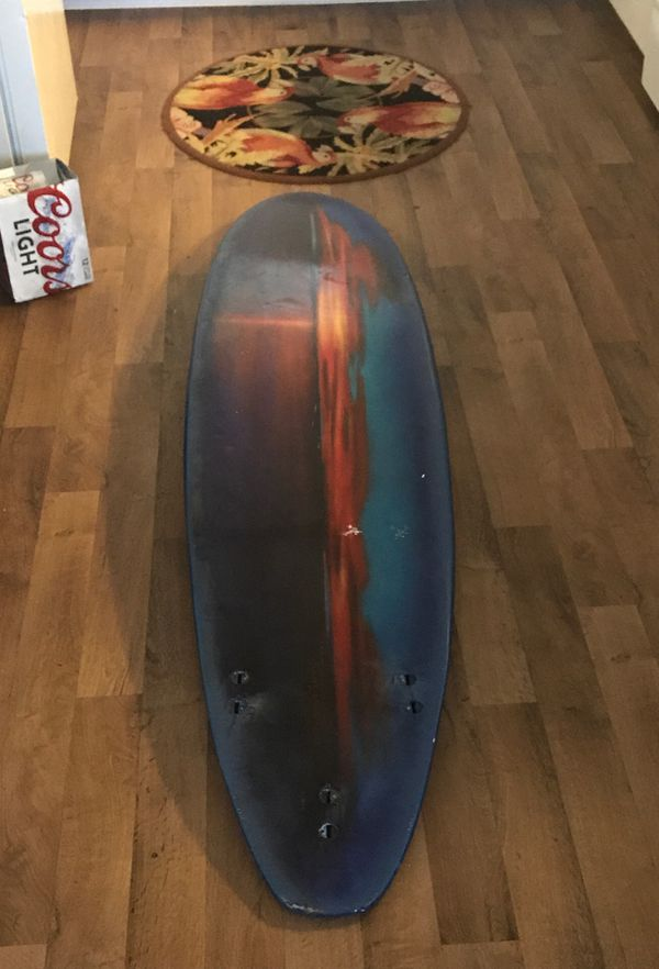 Thruster shorty board