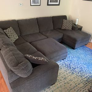 Sectional Couch and Ottoman for Sale in Snohomish, WA