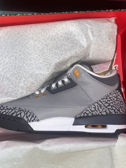 Air Jordan 3 Retro (GS) Size 7Y DS for Sale in Groveport,  OH