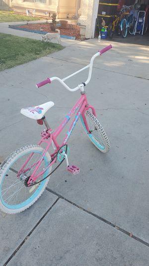 Girls bike. for Sale in Fresno, CA