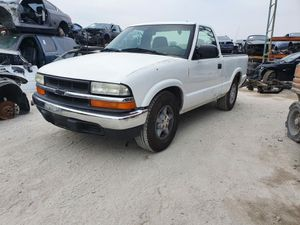 2003 Chevy S-10 PARTING OUT for Sale in Fontana, CA