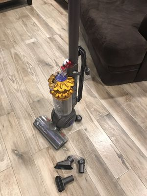 DYSON DC 50 UPRIGHT VACUUM CLEANER for Sale in Diamond Bar, CA