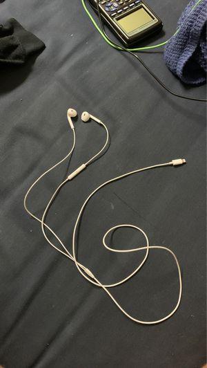 Apple headphones for Sale in Centreville, VA