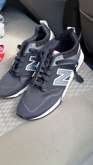 New balance ¹ Women's Tennis Shoes 8.5 for Sale in Beaumont, TX