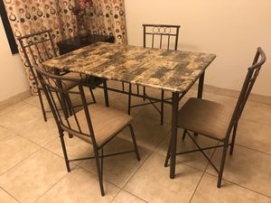 Apartment size kitchen table and 4 chairs for Sale in Victorville, CA