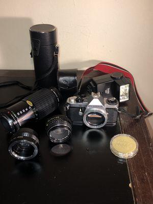 Pentax ME Super 35mm Film Camera Kit , Manuals & Accessories for Sale in Wichita, KS