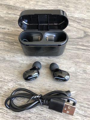 Bluetooth wireless earbuds earphones headphones for Sale in Tampa, FL
