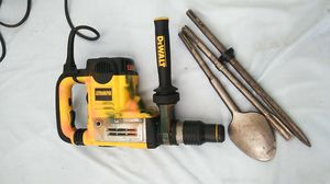 "Dewalt Rotary hammer chiping drill 1""3/4 for Sale in Long Beach, CA"