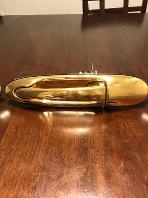 1998-2011 Lincoln Town Car Gold door handles for Sale in Spring Valley, CA