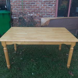 Table & Chairs for Sale in Stone Mountain, GA