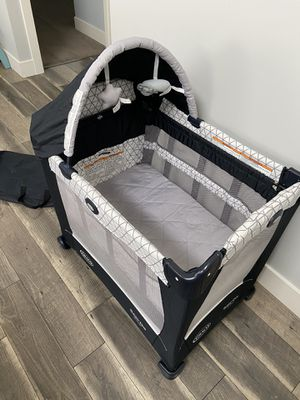 Graco® Travel Lite® Crib Playard with Stages in Drew for Sale in Westminster, CA