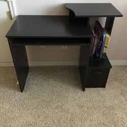 Kids Desk for Sale in Washougal,  WA