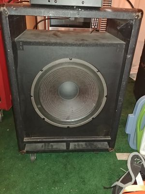 Fender bass amp for repair or parts as is amp needs a few pots replaced -speaker needs repair for Sale in Fontana, CA