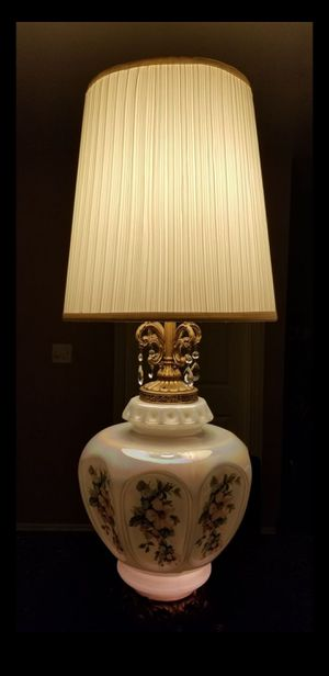 Vintage Floral Lamps for Sale in Hacienda Heights, CA