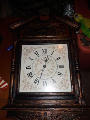 Vintage clock for Sale in Dracut, MA