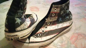 Men's size 7 Converse for Sale in Baltimore, MD