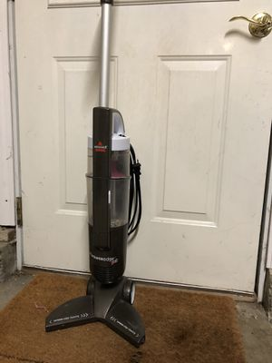 Bissell vacuum for Sale in Newberg, OR