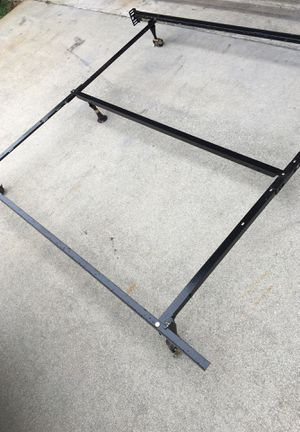 Queen size frame for Sale in Port St. Lucie, FL