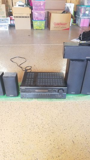 Onkyo entertainment center, with 6 speakers and subwoofer for Sale in Downers Grove, IL