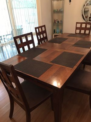 Dining Table for Sale in Hacienda Heights, CA